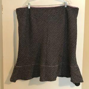 Dresses & Skirts - Adorable purple and black tweed skirt